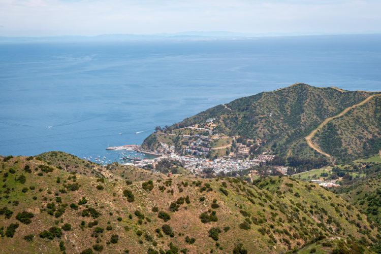Caminata por el sendero Trans-Catalina