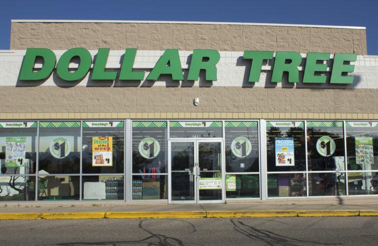 shutterstock 228690172 scaled e1586617474324 20 cosas que no sabías sobre Dollar Tree
