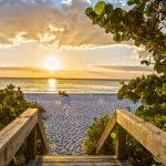 shutterstock 567581344 scaled e1587643020636 Cómo solicitar el desempleo en Florida