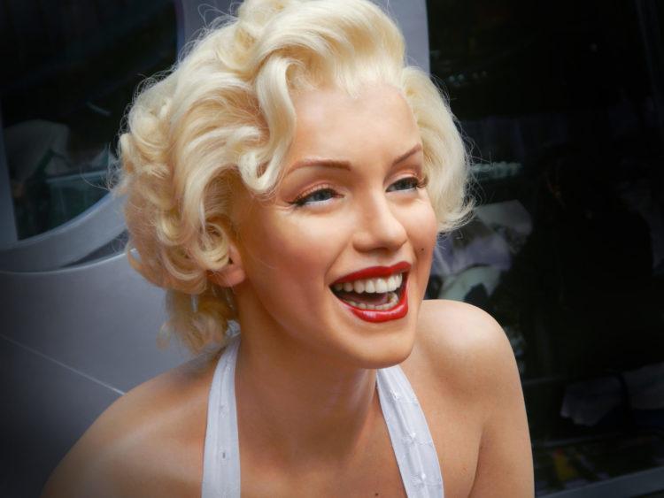 shutterstock 618574592 scaled e1587642455560 20 citas de Marilyn Monroe que se aplican a los negocios