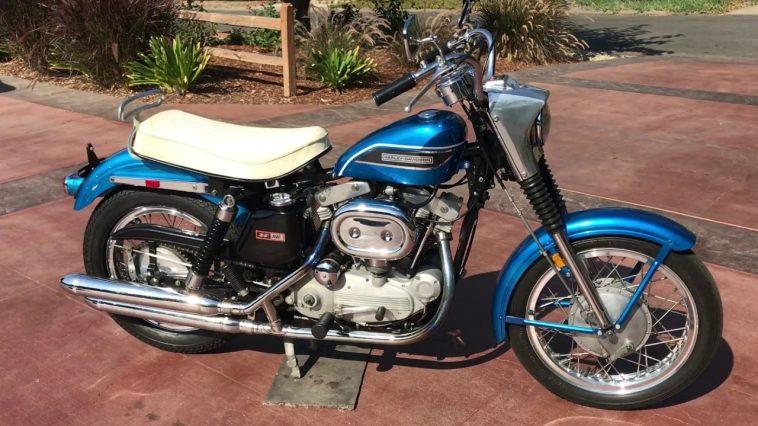 1969 Harley Davidson Sportster XLH Una mirada más cercana a la Harley Davidson Sportster XLH de 1969