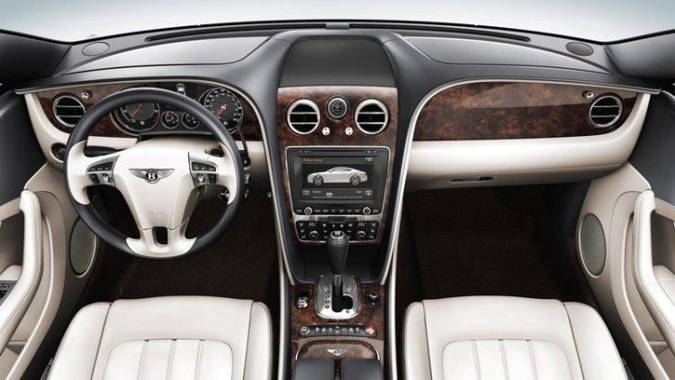 2017 Bentley Continental GT V8 4 Revisión del Bentley Continental GT V8 2017