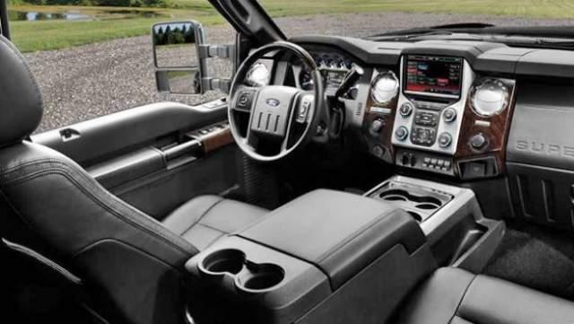 2018 Ford F450 interior Esta es la camioneta pickup más cara del mundo