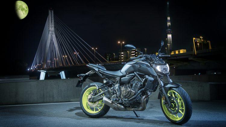 2018 Yamaha MT07 EU Night Fluo Static 003 03 10 motocicletas geniales por menos de 10K en 2019