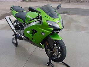 300px 2001 Kawasaki ZX9R Las 10 mejores motos deportivas de los 90