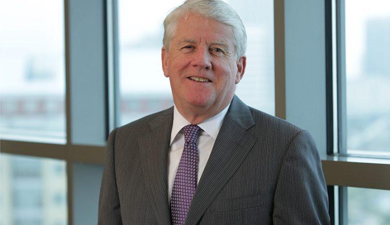 5d319472 10 cosas que no sabías sobre el director ejecutivo de Fidelity National, Raymond Quirk