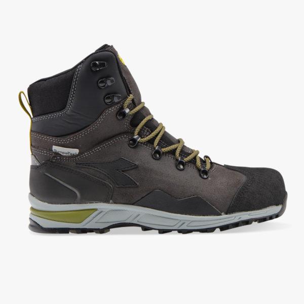 701.173537 80004 01 HR Los cinco mejores modelos de zapatillas Diadora