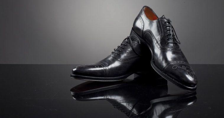 Aubercy Diamond Studded Shoes Una mirada más cercana a los zapatos Aubercy Diamond de $ 4,500