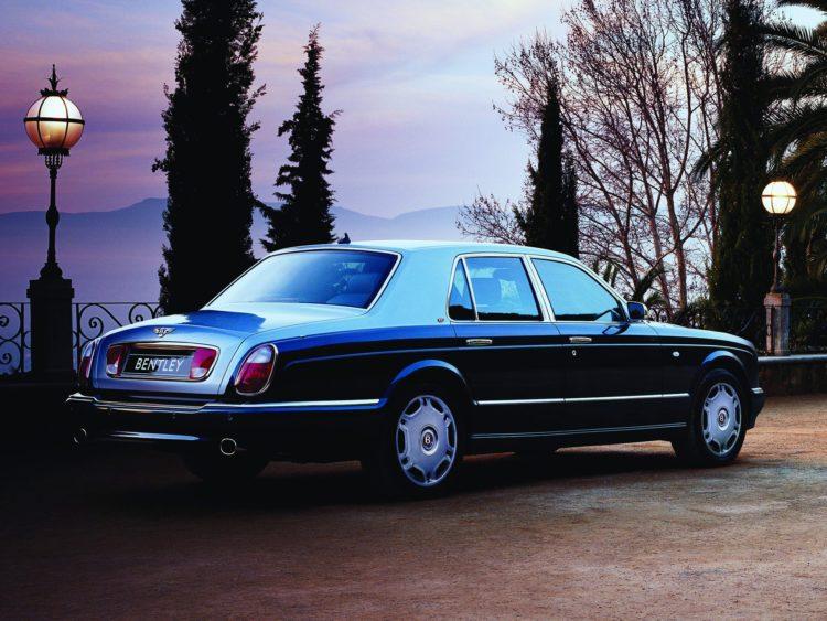BENTLEY Arnage R 1610 17 La historia y evolución del Bentley Arnage