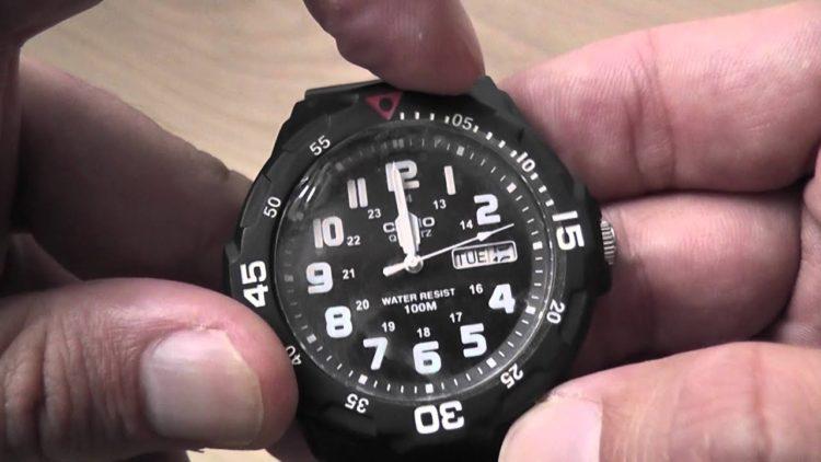 Reloj Casio Dive Style para hombre, negro MRW200H-1B YouTube photo