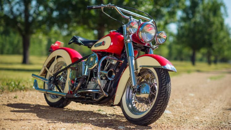 Harley Davidson FL Panhead 1600x900 Los cinco mejores modelos de Harley Davidson de los años 40