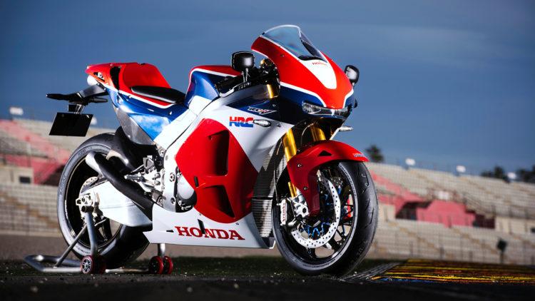 Honda Motorcycles 2015 16 RC213V SSide 512032 2560x1440 e1548281203751 Las 10 mejores motos deportivas de los 90