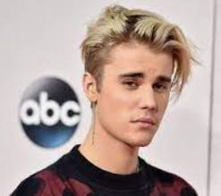 Justin Bieber .El patrimonio de Justin Bieber es de $ 225 millones 2021