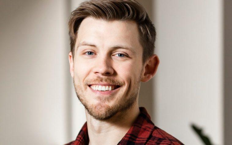 Max Rhodes 10 cosas que no sabías sobre el CEO de Faire, Max Rhodes