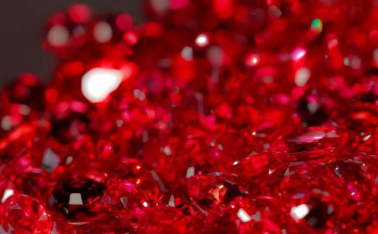 Mhoje rubies photo jpg 825x510 Los cinco tipos de rocas más caras del mundo