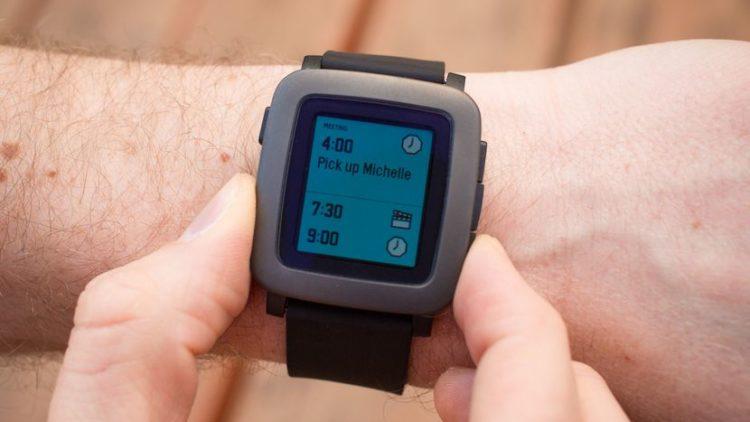 Pebble Smartwatch Los 10 productos Kickstarter más populares de 2017