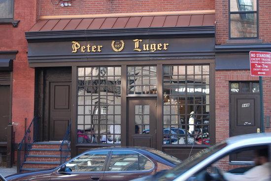 Peter Luger Por qué Peter Luger es uno de los mejores asadores de Nueva York