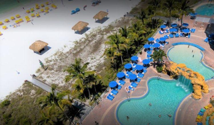 Resort de playa de concha rosa