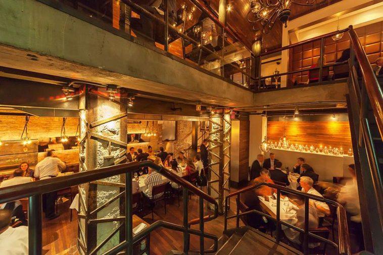 Quality Meats NYC dining room Por qué Quality Meats es uno de los mejores asadores de Nueva York