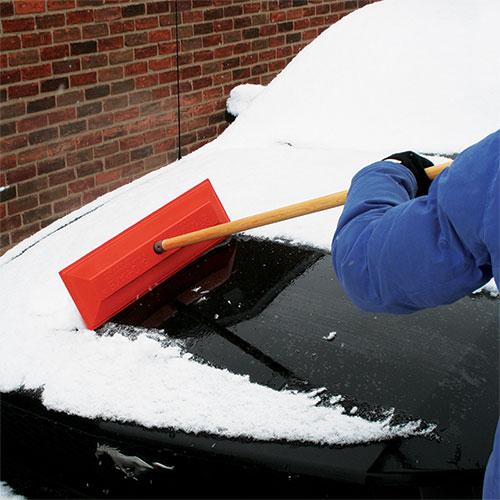 R0216 Los cinco mejores cepillos para nieve del mercado actual
