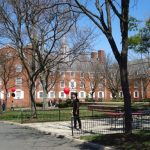 Rutgers University Campus e1558437600659 Los 20 ex alumnos de la Universidad de Rutgers más notables en negocios