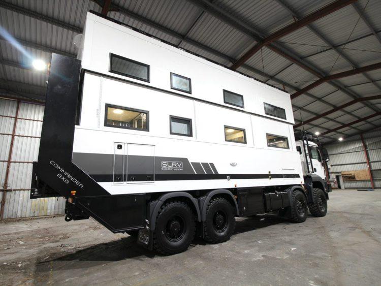SLRV Commander 8x8 Camper parte trasera