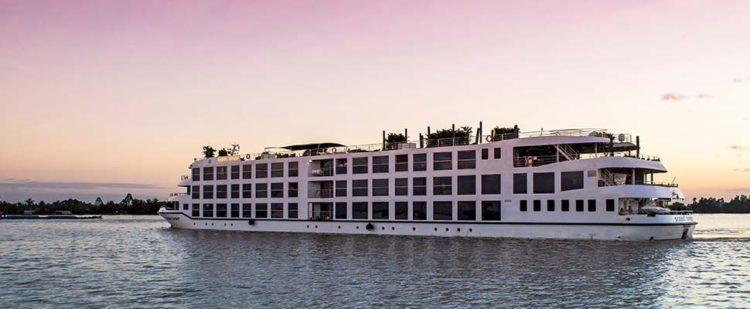 Scenic Spirit on Mekong River. Scenic Cruises 5 cosas que te encantarán del crucero por el río más lujoso del Mekong