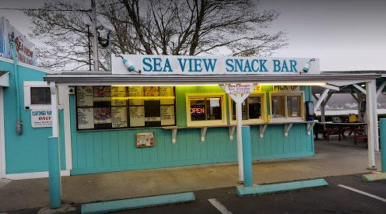 Snack Bar con vistas al mar