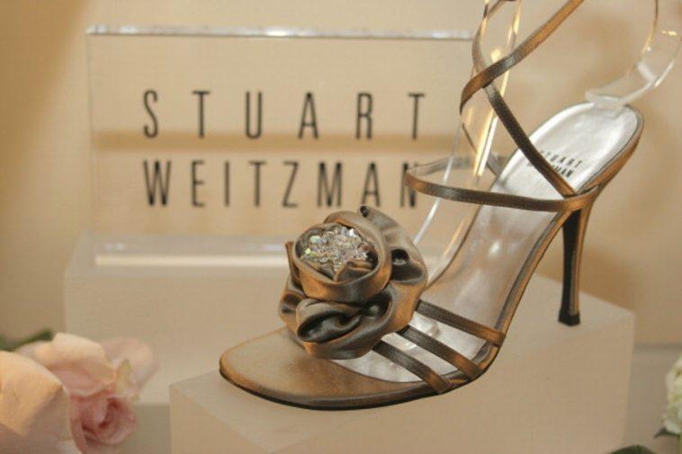 """Stuart Weitzman Marilyn Monroe Shoes Una mirada más cercana a los zapatos Stuart Weitzman """"Marilyn Monroe"""" de $ 1 millón"""