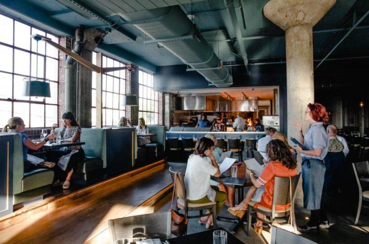 The Gray Canary Los 20 mejores restaurantes de mariscos en Memphis, TN