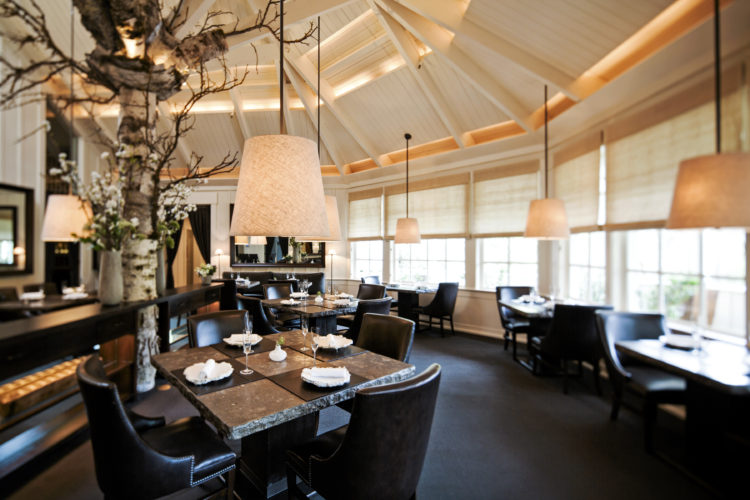 The Restaurant at Meadowood Dining Room 20150 19746e2b5056a36 19755738 5056 a36a 082d4f9f29331231 Los 10 mejores restaurantes con tres estrellas Michelin del mundo
