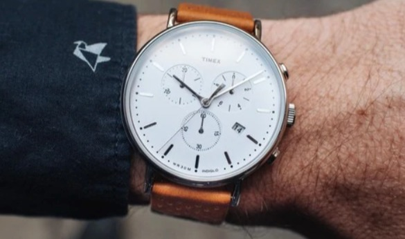 Reloj de cuero Timex Fairfield de 41 mm