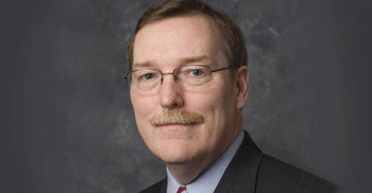 Troy A. Clark Navistar CEO Diez cosas que no sabías sobre el director ejecutivo de Navistar International, Troy A. Clarke