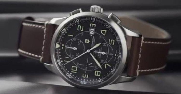 Victorinox Swiss Army Airboss Mechanical Chronograph 1 Los 20 mejores relojes del ejército suizo de todos los tiempos