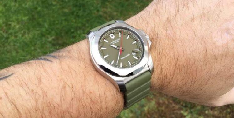 Victorinox Swiss Army I N O X Los 20 mejores relojes del ejército suizo de todos los tiempos