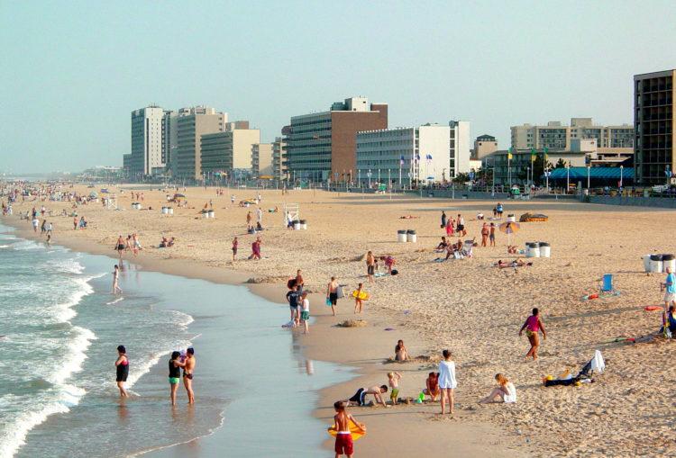 Virginia Beach from Fishing Pier e1582199895734 Las 20 mejores cosas para hacer en Virginia Beach por primera vez