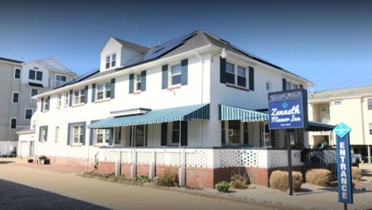 Zenneth Manor Inn