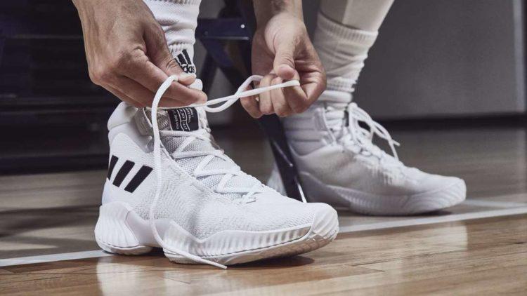 adidas pro bounce on foot Los cinco mejores modelos de zapatillas de baloncesto Adidas disponibles hoy
