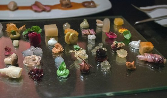 alinea Los 10 mejores restaurantes con tres estrellas Michelin del mundo