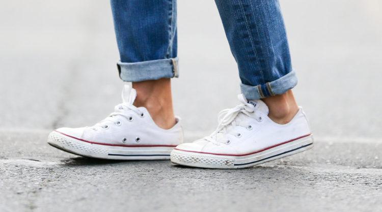 converse jeans e1533483482543 Las cinco mejores zapatillas Converse blancas del mercado