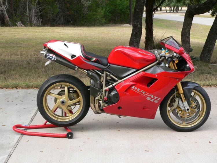 ducati 916 sp 1 Las 10 mejores motocicletas italianas de todos los tiempos