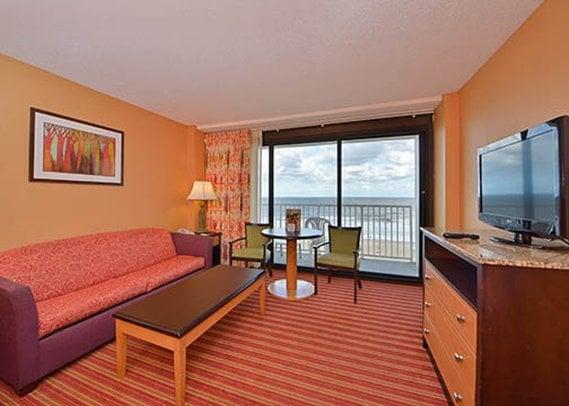 hotel-comfort-inn-suites