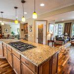 kitchen for sale Cómo pensar como un banquero de inversión al comprar o vender una casa