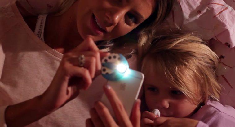 moonlite projector Un proyector de cuentos para dormir para tu teléfono móvil