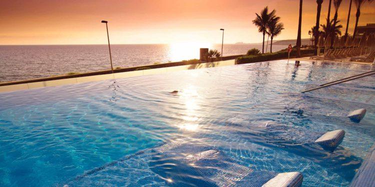 new slide hotel riu palace meloneras resort tcm55 179790 Los cinco mejores hoteles de Gran Canaria, España