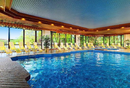 pool im the westin bellevue Los 10 mejores hoteles Starwood en los Estados Unidos