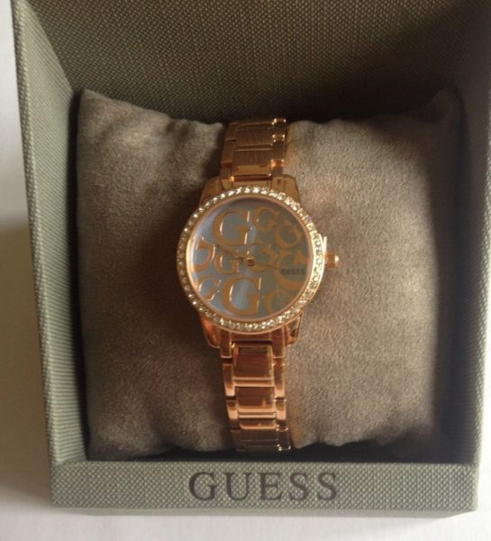 s l1000 Los cinco mejores relojes Guess para mujeres de hoy