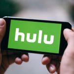 shutterstock 1034739478 scaled e1582561217250 Dado que no hay acciones de Hulu, ¿cómo invertir en ellas?