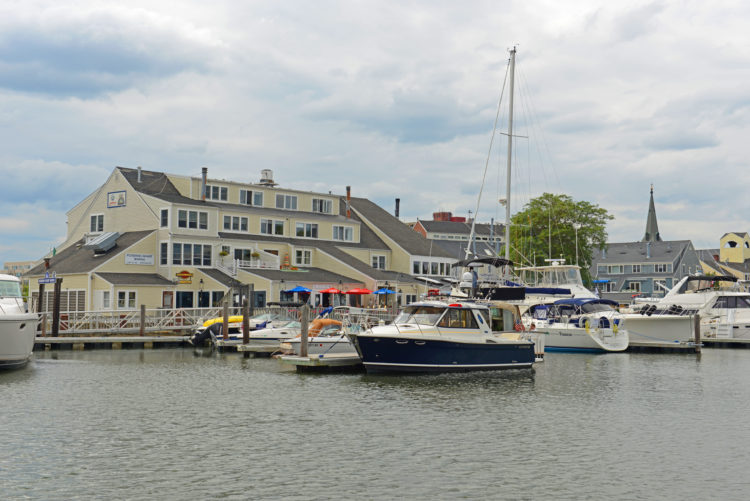 Ferry de Salem