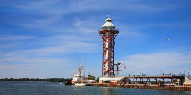 Torre del Bicentenario de Port Erie